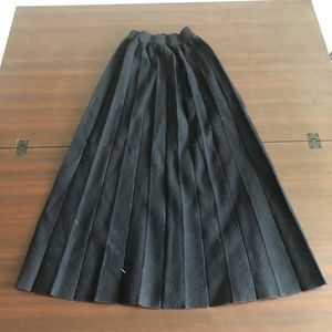 Zara maxi skirts in black